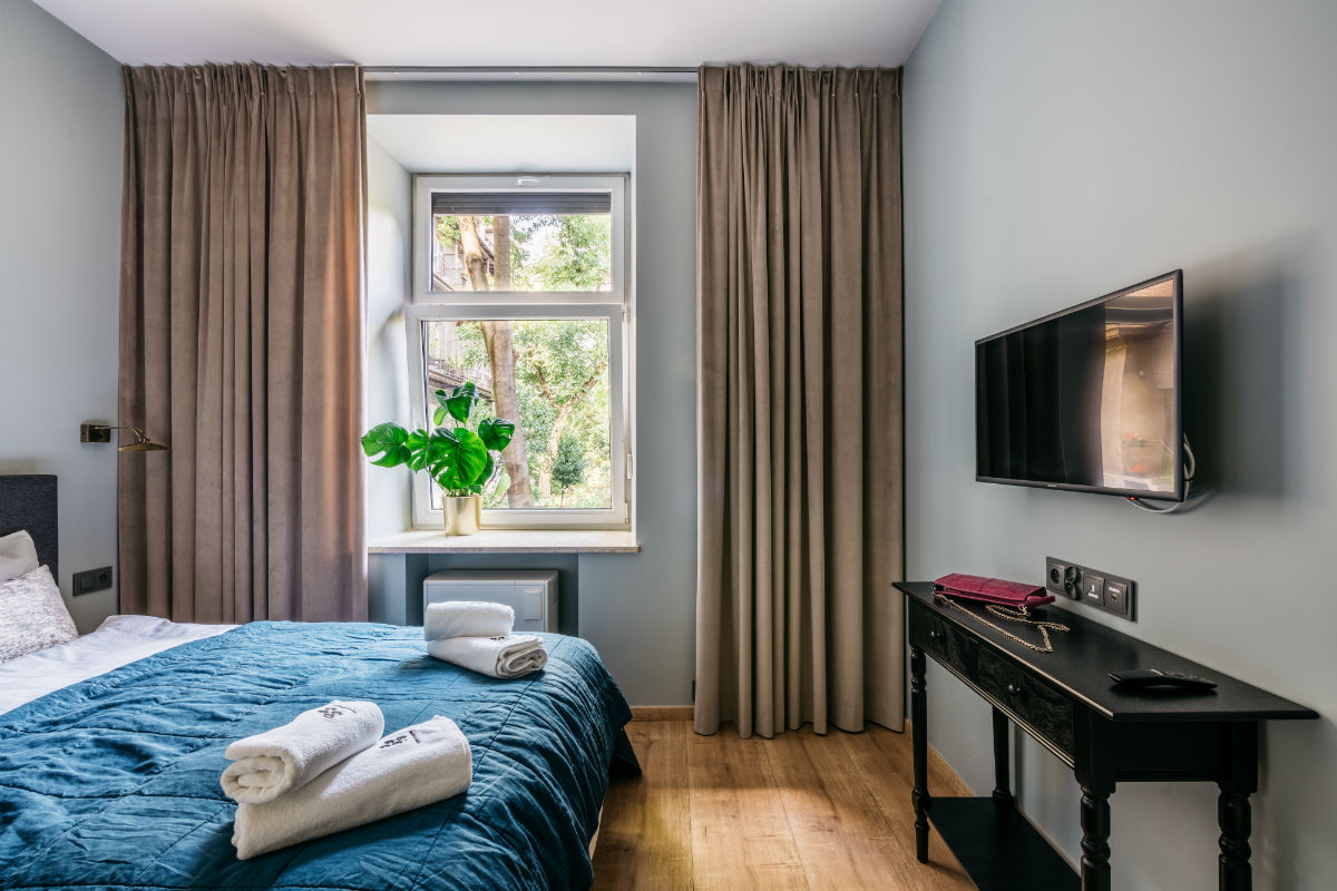 MO-JA-Krakow-luxury-apartment-2-1